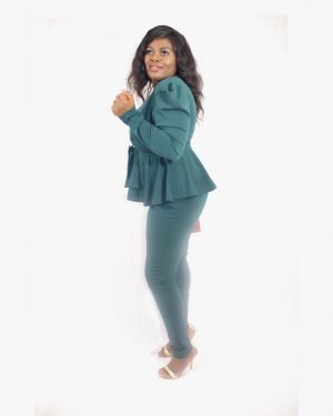 THE RUFFLE EFFECT SET – Blazer and Trousers for Women